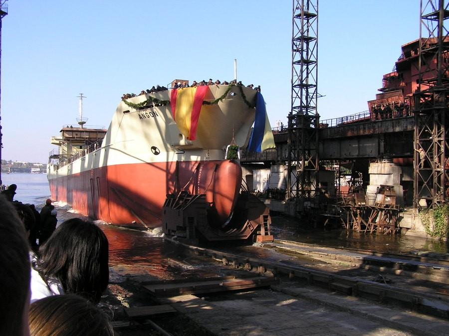 Спуск сухогруза пр. 145 Angon для испанской компании Factoria Naval de Marin SA