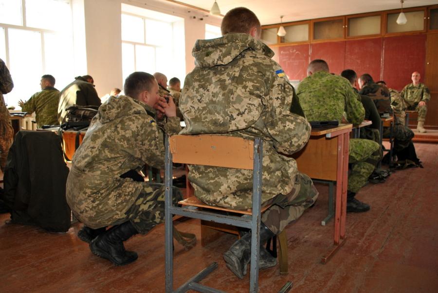 Обучение бойцов морской пехоты