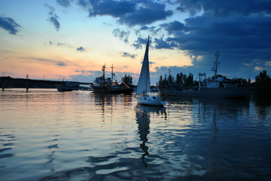 День ВМС Украины в Николаеве. Часть 3 - Вечер на рейде