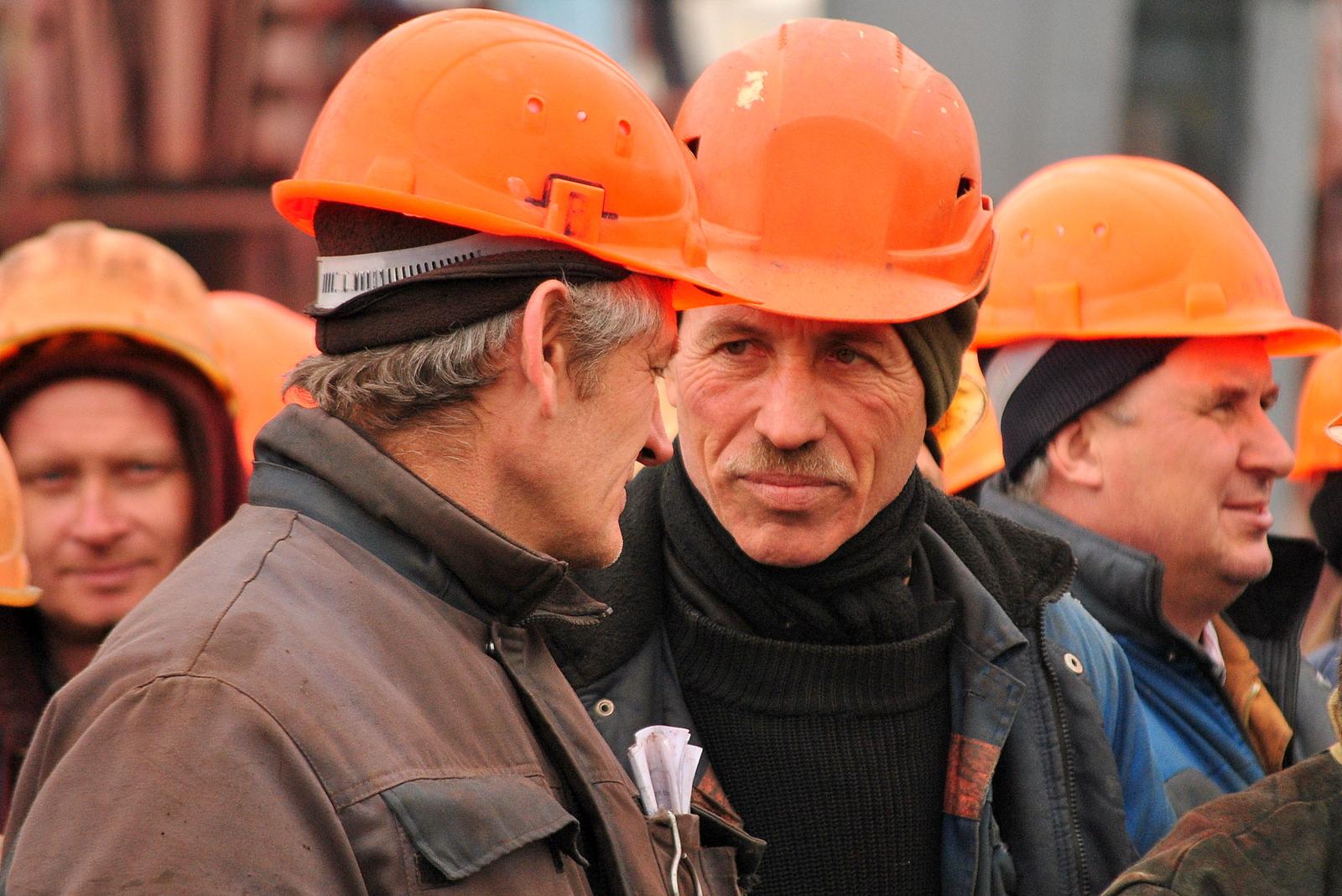 Несамоходное судно пр. В2000 завода Нибулон
