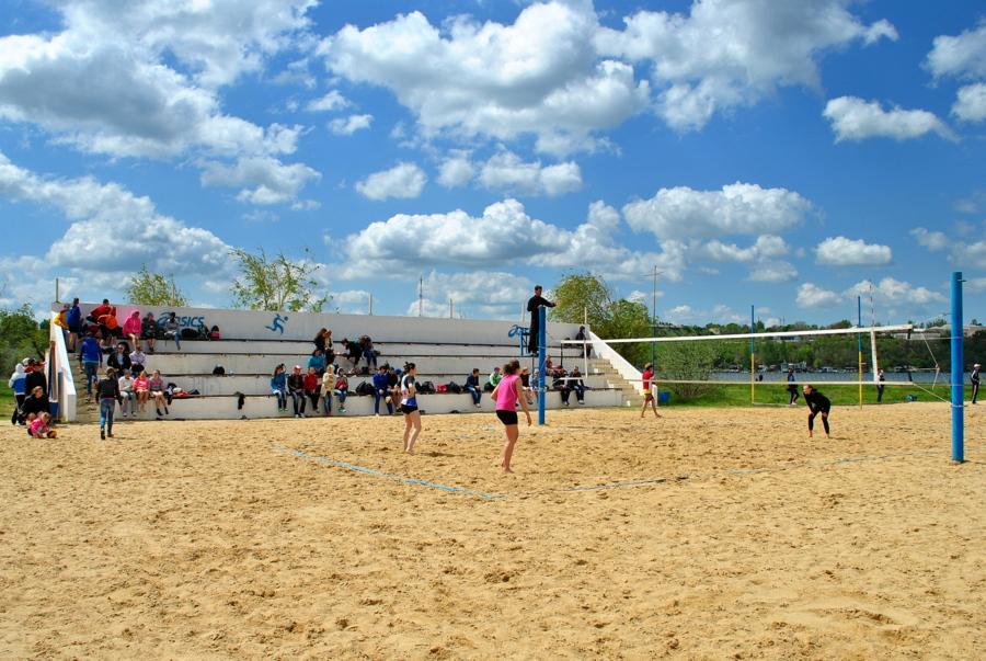 Чемпионат по пляжному волейболу