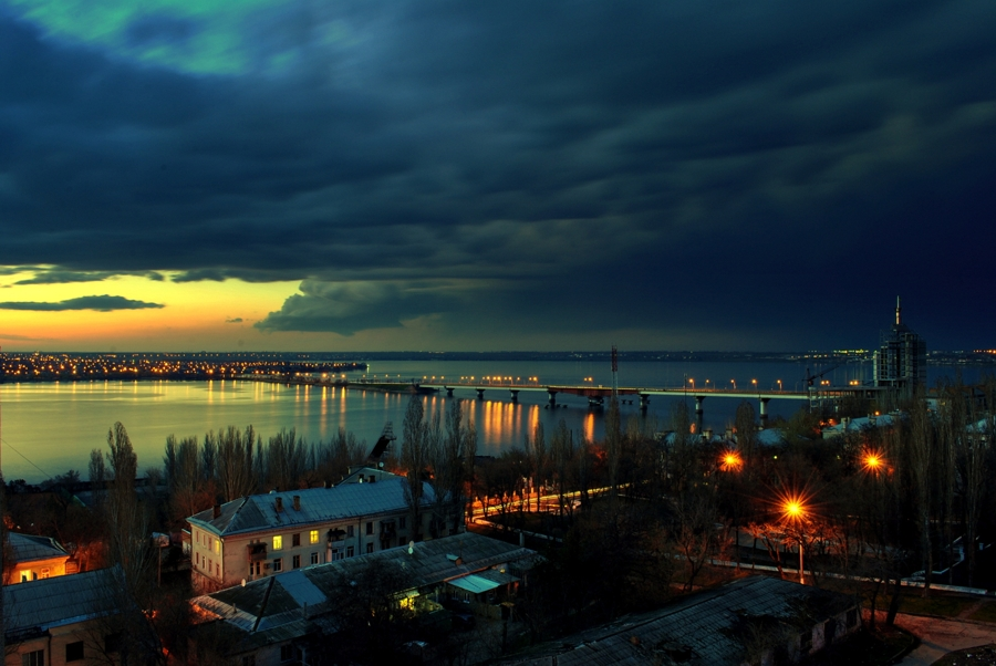 Варваровский мост после заката