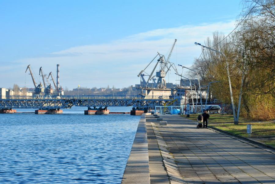 Флотский бульвар, Набережная