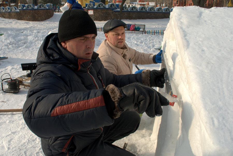 Фестиваль снежной скульптуры