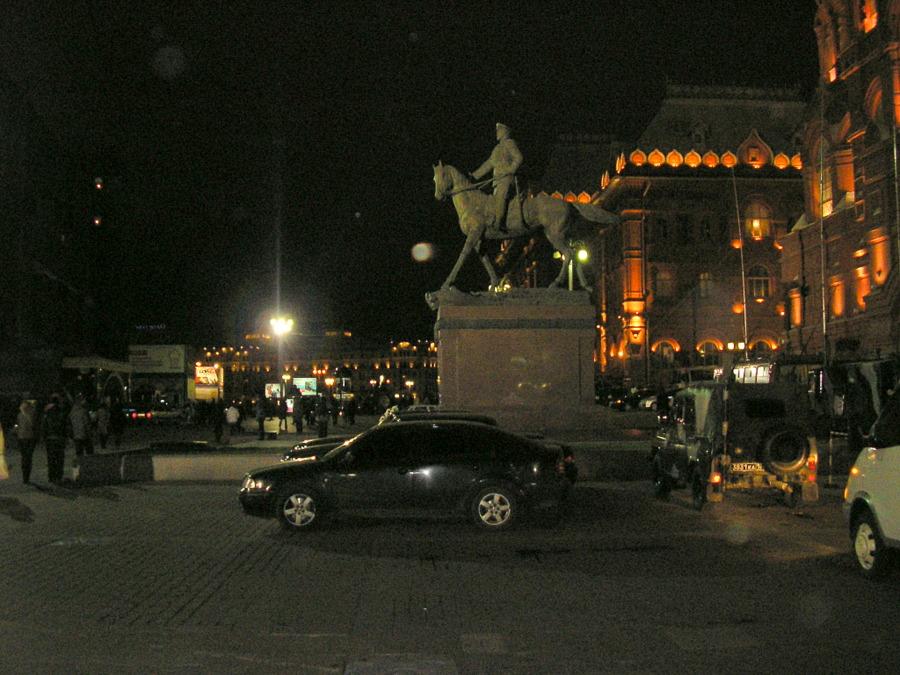 Из Николаева в Москву и обратно.  7-го Ноября вход на Красную площадь был закрыт